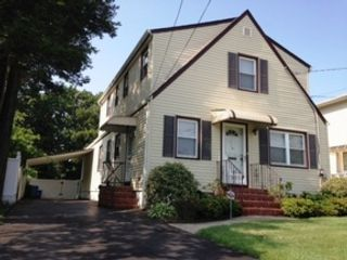 3 BR,  1.50 BTH  Colonial style home in